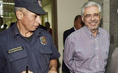 Hoy inicia juicio de ex rector de la UNA