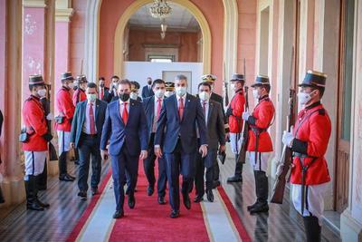 Presidente saludó a Pedro Castillo y renueva su compromiso de estrechar lazos históricos con Perú