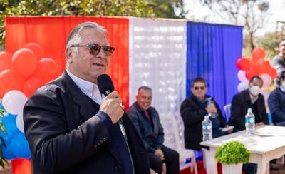 Gobernador inaugura varias obras en Vaquería
