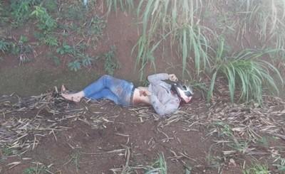 Motociclista embistió contra una camioneta y perdió la vida
