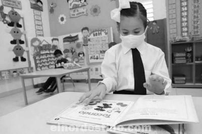 Autoridades del Ministerio de Educación Analizan retorno gradual a clases presenciales luego de las vacaciones de invierno