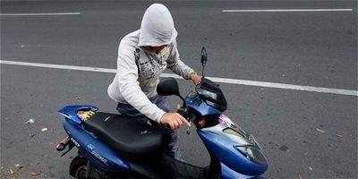Detienen a un joven adicto en seguimiento a un hecho de hurto de motocicleta