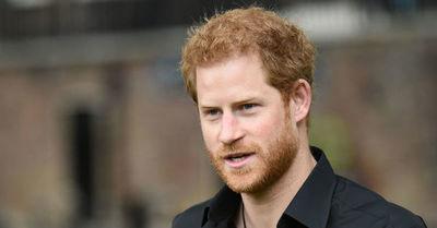 El príncipe Harry lanzará sus memorias y genera temor en el Palacio de Buckingham