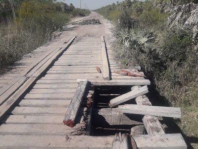 Urge reparación de puentes en camino que conduce a Fuerte Olimpo