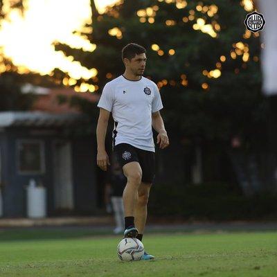 Rodrigo Rojas ya acordó con su nuevo equipo a nivel local