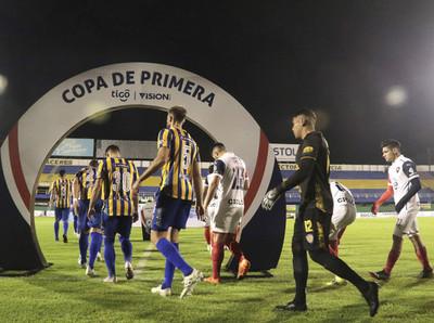 Las postales de la jornada inaugural del Clausura