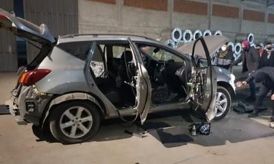 Incautaron armas bélicas escondidas en un vehículo