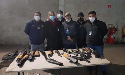 Encuentran 5 fusiles AK-47 dentro de un vehículo importado de Iquique – Diario TNPRESS