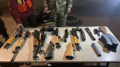 Detuvieron al importador de la camioneta en la que habían armas de fuego – Prensa 5