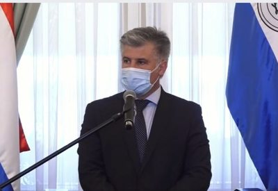 """Silencio del Gobierno sobre """"misión humanitaria"""" que vino de Argentina"""
