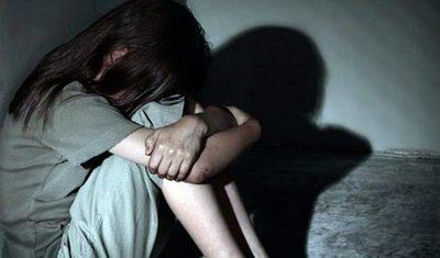 Condena de 18 años para hombre que sometía sexualmente a su hermana