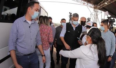 Vacunación en el ex Aratirí pausará hoy desde las 21:00 hasta la media noche