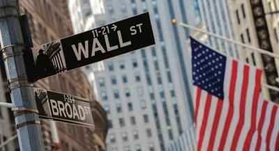 Bolsa de Nueva York alcanza máximo histórico y prende alarma de una burbuja financiera