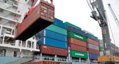 Exportaciones a agosto cayeron 14% y las importaciones 18%