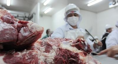 Caída de exportación de carne vacuna afecta a frigoríficos locales