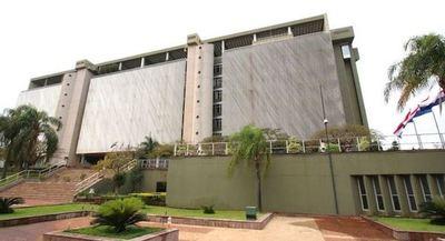 BCP mantiene tasa de interés para alentar el crédito