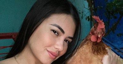 La Nación / El orgullo de Laurys Dyva: ¡Hortensia es la más gorda de Paraguay!