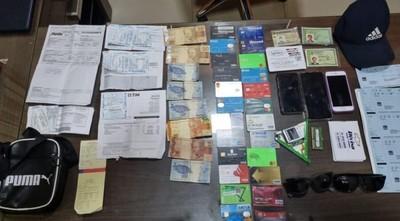 Capturan a tres brasileños por supuesta clonación tarjetas de créditos