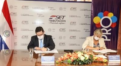 SET y Pro-Desarrollo firman convenio para trabajar por la formalización