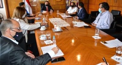 El MIC instaló una mesa de trabajo para la reglamentación del comercio de la cal agrícola en el país