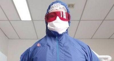 Proyecto tecnológico produce trajes de bioseguridad refrigerados para protegerse del virus