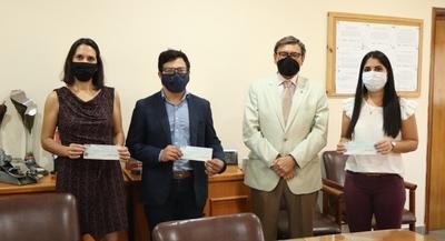 Ganadores del proyecto de Innovación Social recibieron sus premios