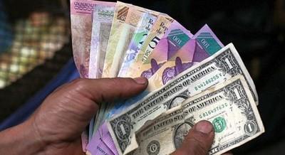 Aumenta salario mínimo en Venezuela a 7 millones de bolívares que equivale a 2,5 dólares