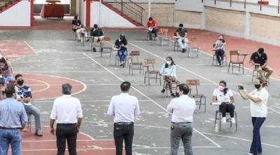 7.000 jóvenes iniciaron postulación a becas universitarias Itaipú
