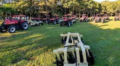 Choré recibió 23 tractores que beneficiará a 22 municipios