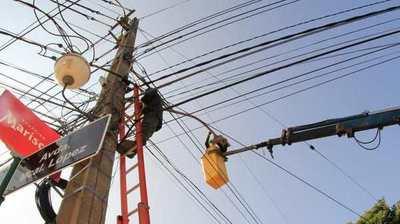 ANDE moderniza sistema de iluminación pública en importante acceso a la capital