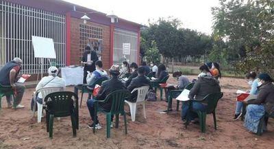 En Karapai dictan curso gratuito de Plan de Negocios