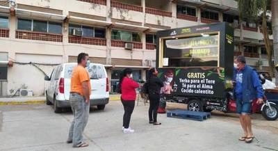 Kurumóvil Solidario se acerca hasta los diferentes nosocomios