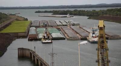 Zarparon barcazas con 115.000 toneladas de productos agrícolas