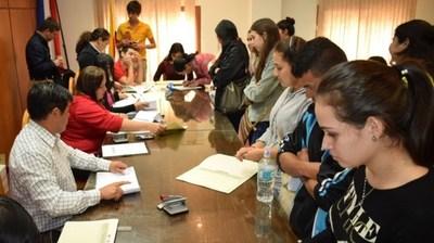 Jóvenes de Misiones podrán inscribirse para becas a partir del 2 de marzo