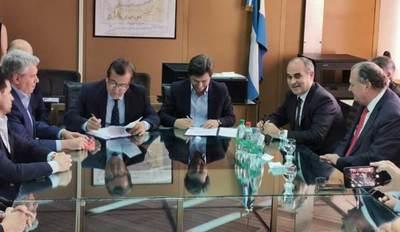 Paraguay y Argentina firman los contratos para iniciar las obras civiles de Aña Cuá