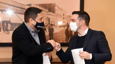 Nakayama  y García firmaron acuerdo  para alianza opositora