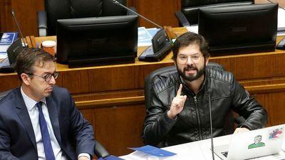 Chilenos se inclinan por nueva generación de candidatos