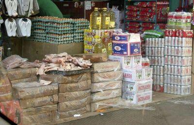 Contrabando apura a productores avícolas