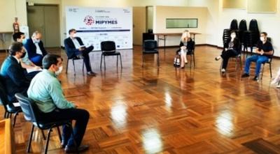 Representantes de MIPYMES planifican el desarrollo de las industrias creativas