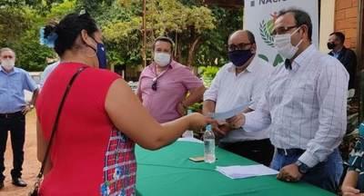 Productores de J. L. Mallorquín acceden a créditos para fortalecer producción
