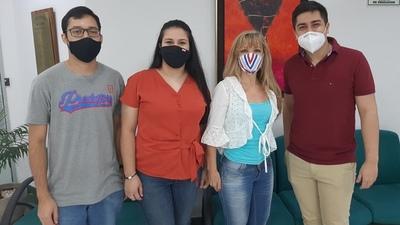 Estudiantes de la UNA presentaron resultados de varios estudios de mercado