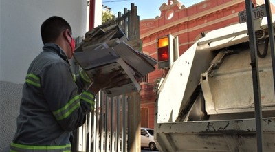 La STP dona 7.000 kilos de insumos reciclados a la campaña de la Fundación Dequení