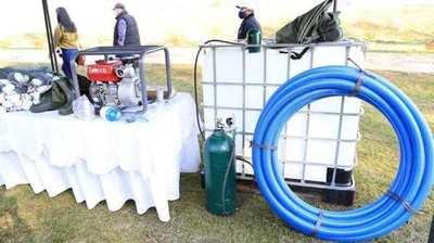 Productores organizados recibieron implementos, maquinarias y equipos acuícolas