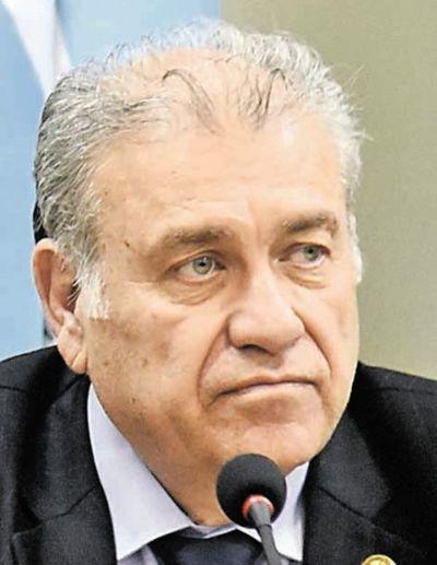 González Daher pide transferencia directa de suma adeudada a la SET