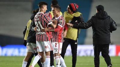 Sao Paulo elimina a Racing y espera rival en cuartos