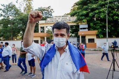 Efraín denuncia práctica abusiva, perjudicial y antidemocrática del Gobierno contra el PLRA