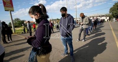 La Nación / En Central esperan vacunar contra el COVID-19 a unos 40 mil jóvenes este miércoles