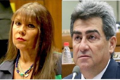 """González contra Amarilla: """"Aborrezco a las putitas con escapulario"""""""