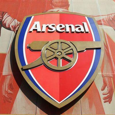 Arsenal cancela su viaje a Estados Unidos por casos de covid-19