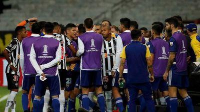 Argentina analiza estado epidemiológico de Boca tras pelea